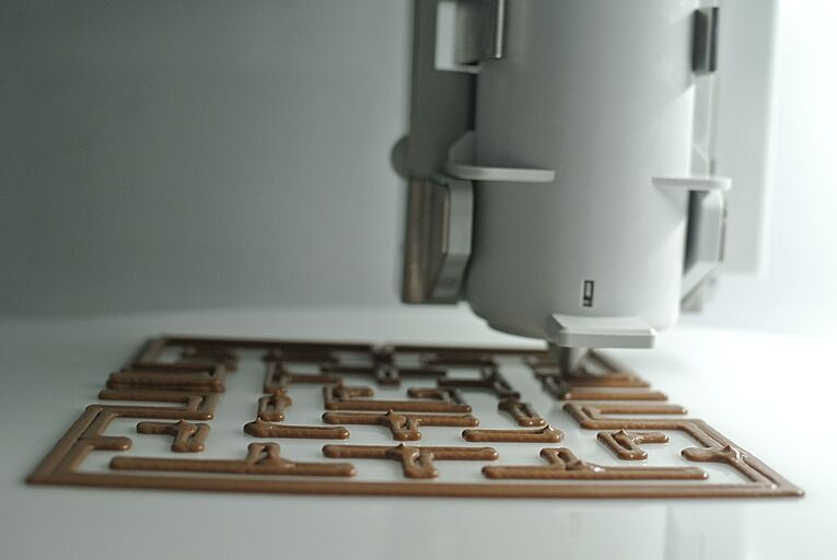 Foodini- 3D chocolate printing (Pac-Man) by Natural Machines