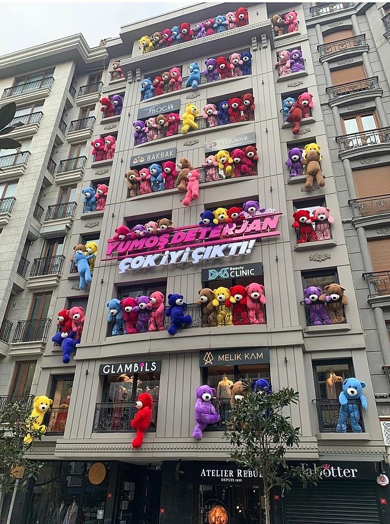 İstanbuldaki yumoş deterjan reklamı