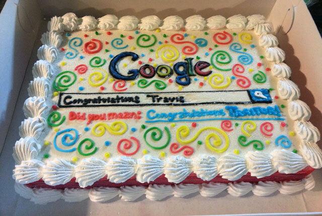 Google'dan ayrılan arkadaşlarına veda pastası